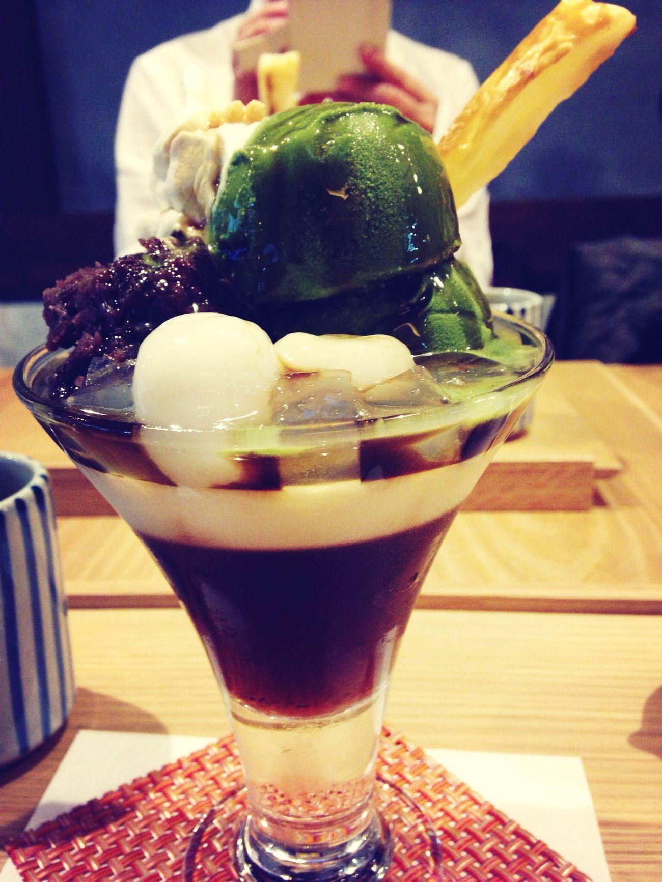 つぼ市カフェの抹茶パフェ