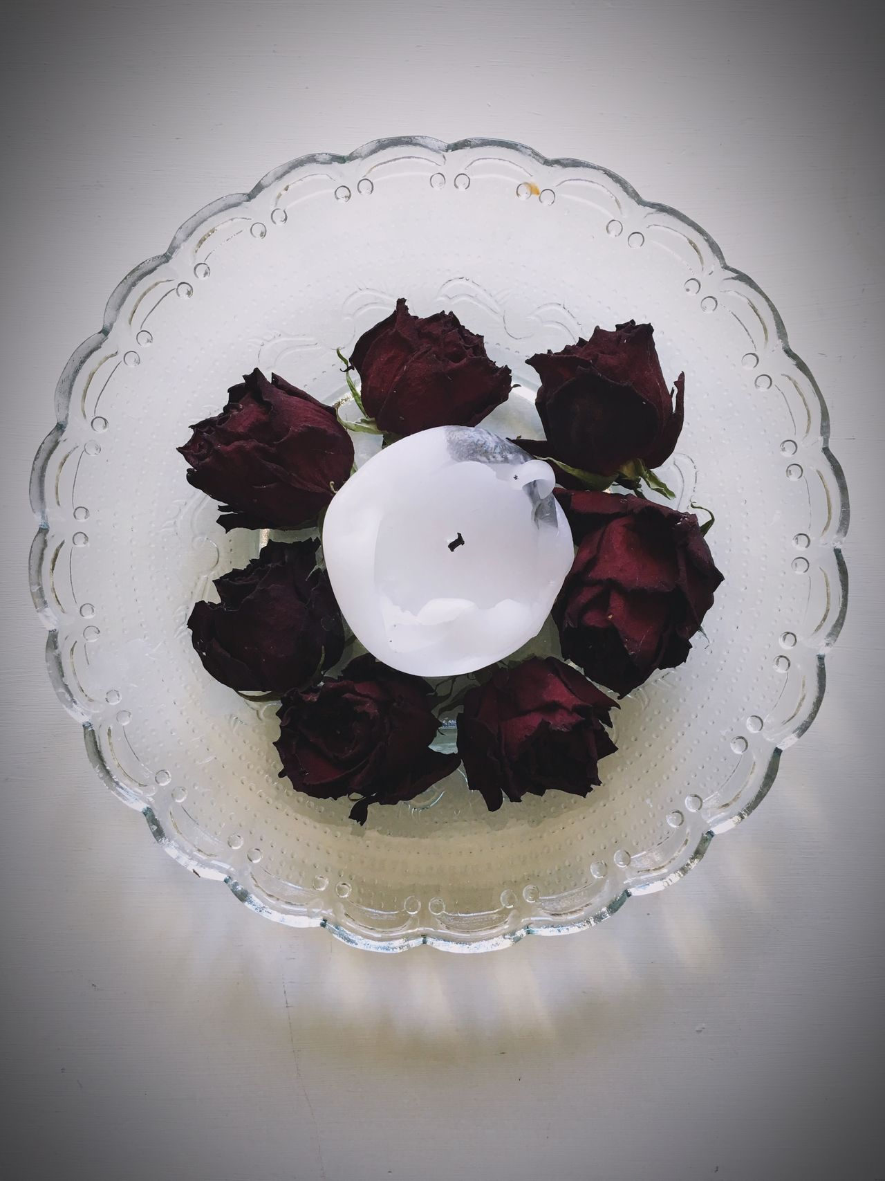 Candle Candles Candle Light Candlelight Roses Rose🌹 Rose♥ Rose - Flower Roses🌹 Roses_collection Showcase March Glass Plate Pattern Pattern Pieces Top Down Top Down View Dry Flower  Dry