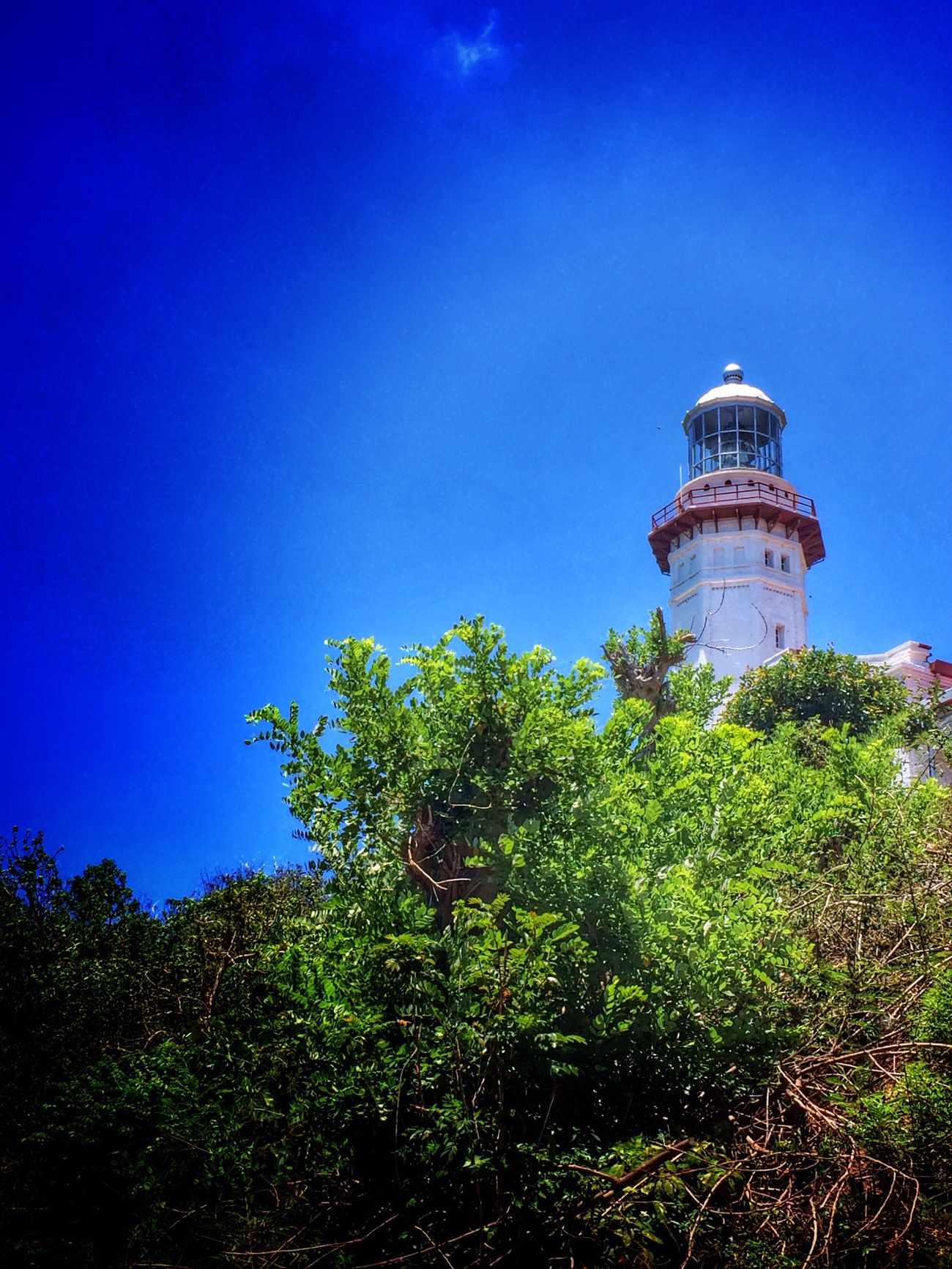 Lighthouse of the North... Ilocosnorte Lighthouse Marcosthebest Viewdeck Jrabareiphoneography Pictureoftheday Philippineswonder Itsmorefuninilocos