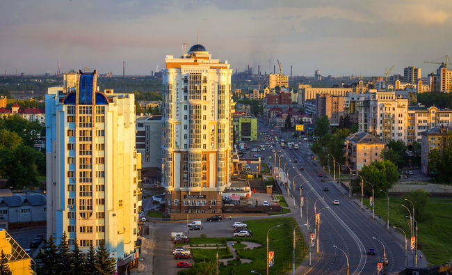Building Exterior Cars Central Avenue City City Life City Street Cityscape High Angle View Lipetsk Modern Road Sunset In The City  Tall - High View From The Top