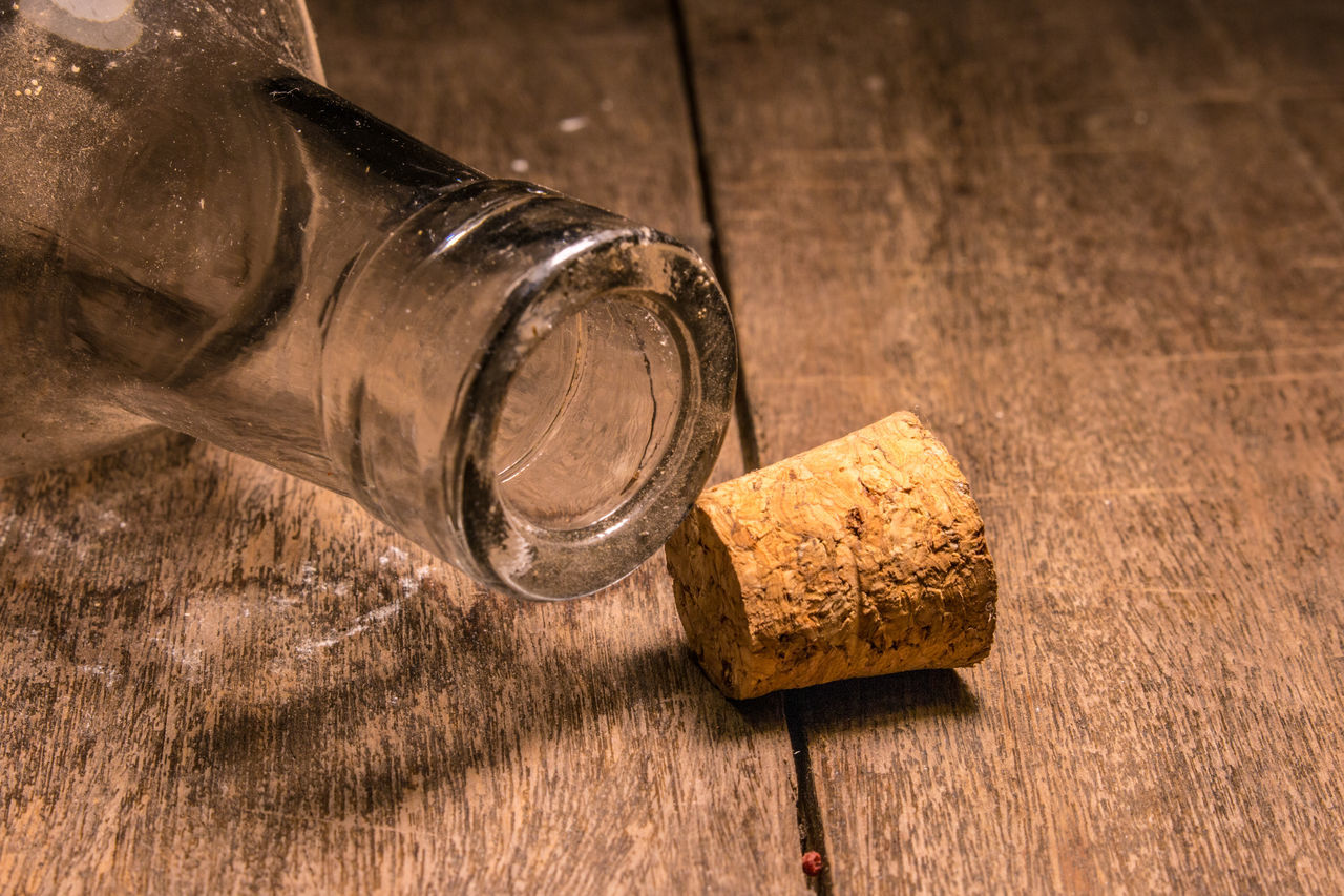 Close-up Cork - Stopper Day Food Food And Drink Healthy Eating Indoors  No People Wine Cork Wood - Material