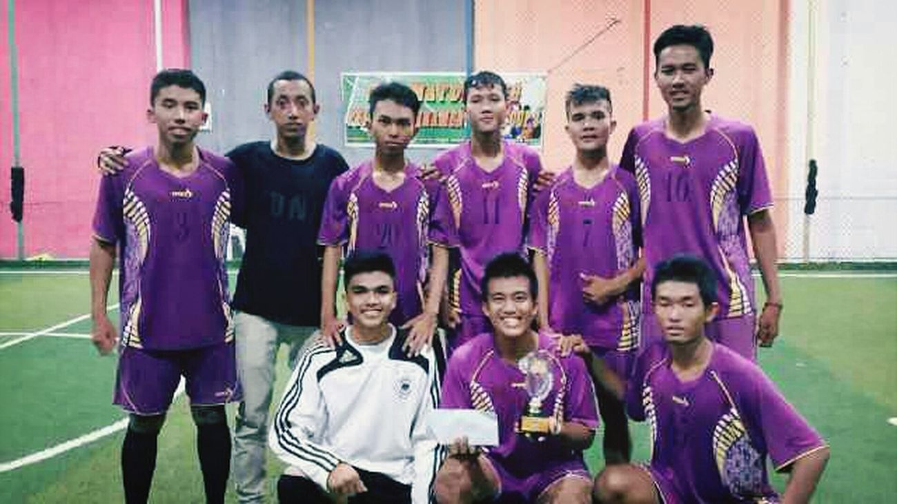 Futsal Team The Winner Enjoying Life Hi!