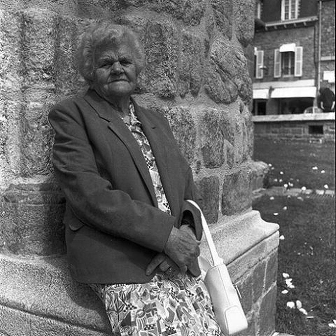 Mamie Cécile Rolleicord Bretagne Morbihan Ploemeur Lorient Bzh