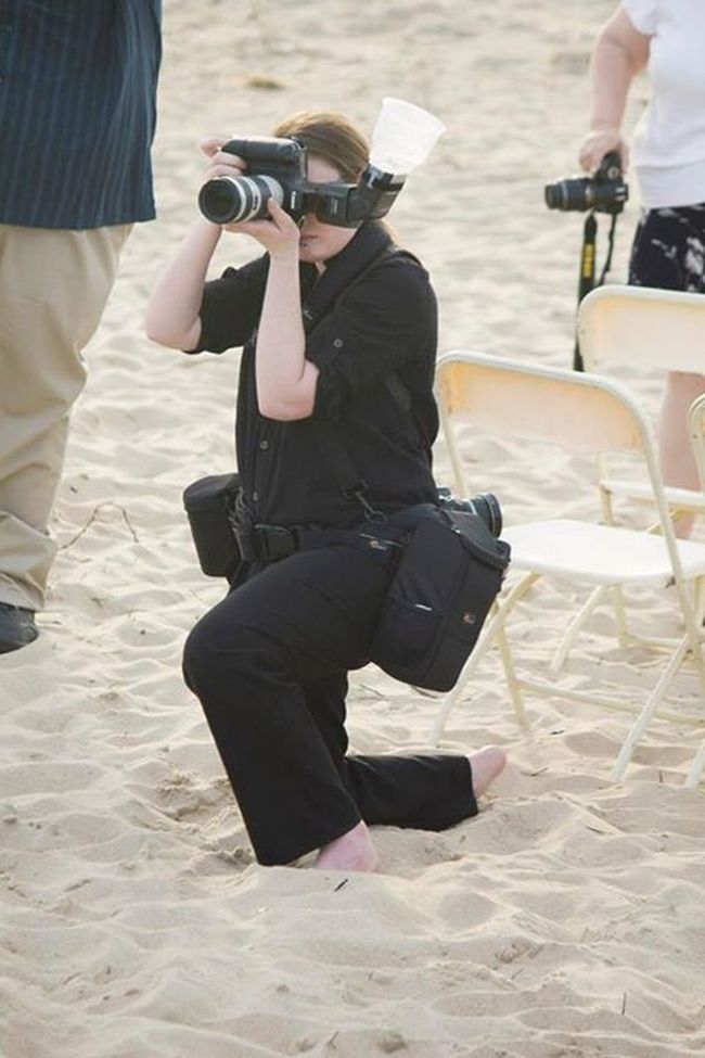 Me working at a wedding! www.sarahashleyphotos.com DSLR Canon 5d Photography Photographer