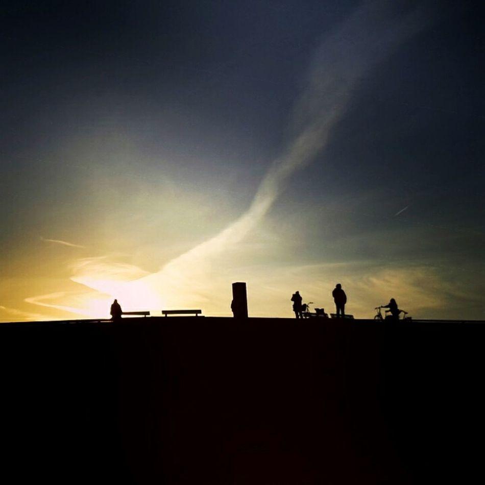 Silhouette Cloud - Sky People Outdoors Sky Smartphone Photography Handyfotografie Nordseeküste Wurster Nordseeküste Deich  Sunset Silhouettes Wattenmeer