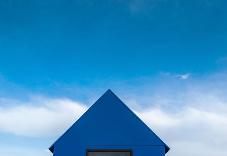 Premium Collection Selected For Premium The EyeEm Collection Amrum Architecture Architecture_collection Cold Weather EyeEm Germany Harbour Rainy Days Roof Rooftop Blue Clouds Clouds And Sky Cold Cold Temperature Guard House House Island Minimalism Minimals No People Protection Rainy Roof Over The Head Rooftops Colour Your Horizn