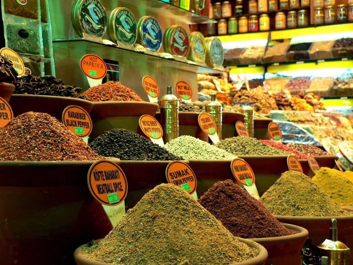For Sale Spicy Food Spices Spicebazaar Spices In The Market Bazar Bazar De Las Especias Istanbul Colors Colorful TakeoverContrast