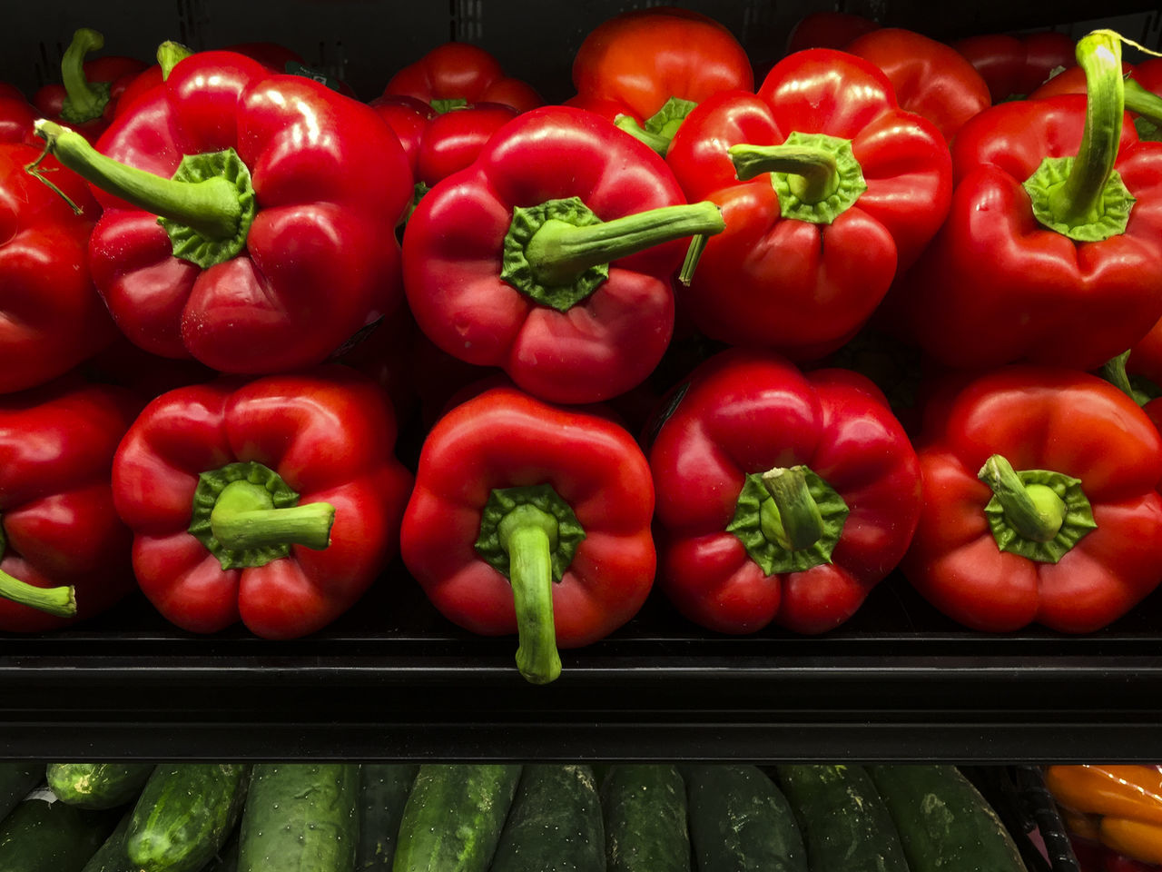 Bell Pepper Close-up Food Food And Drink For Sale Freshness Fruit Healthy Eating Healthy Lifestyle Large Group Of Objects Market Market No People Red Red Bell Pepper Retail  Vegetable