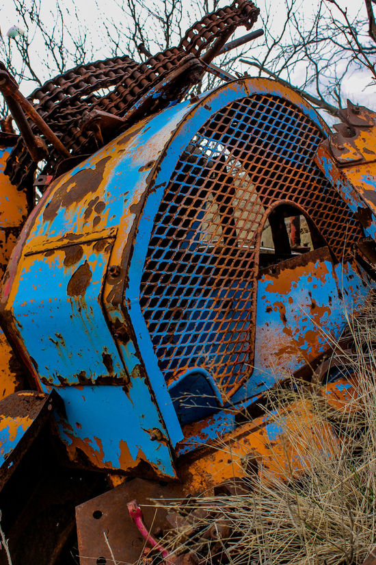 Chain Chains Cloudy Day Color Focus On Foreground Junk Metal Old Old Equipment Rusty Your Design Story Colour Of Life