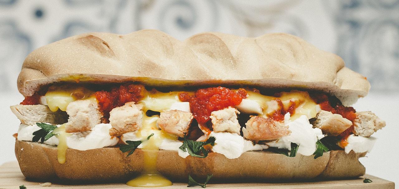 Food Photography Bread Chicken Sandwich Food Foodphotography Freshness Ready-to-eat Sandwich Snack Still Life Visual Feast