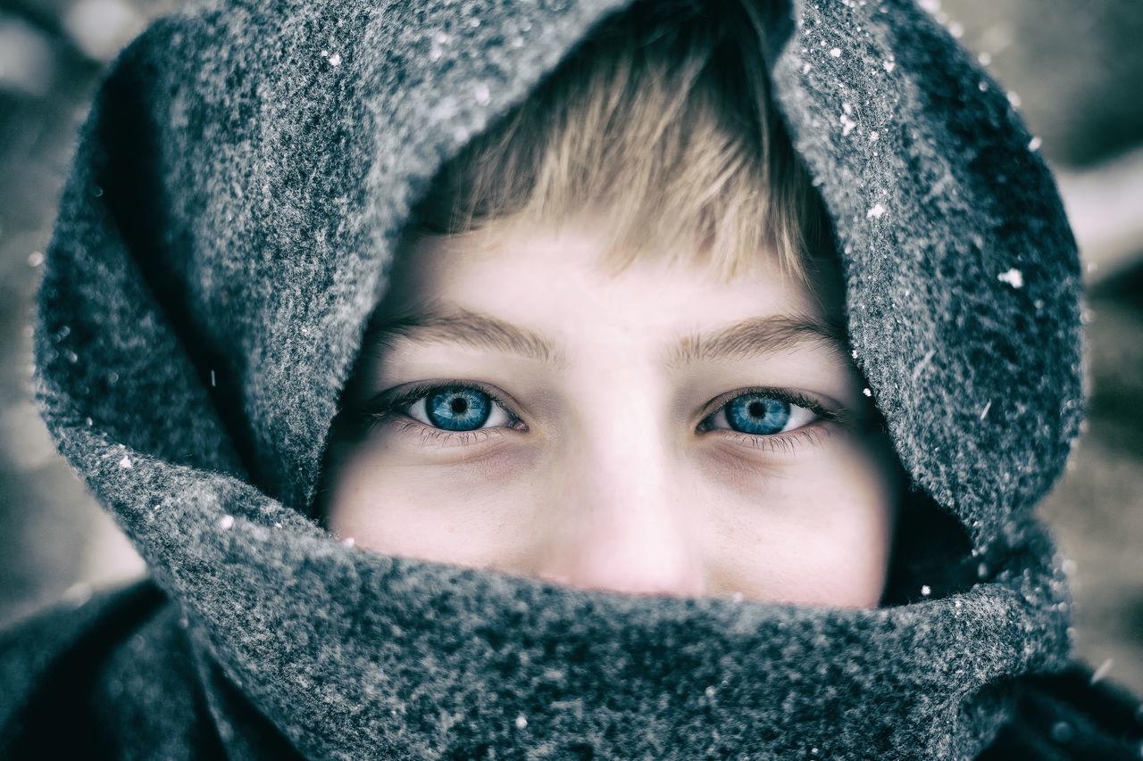 Beautiful stock photos of schnee, 10-11 Years, Boys, Caucasian Ethnicity, Childhood