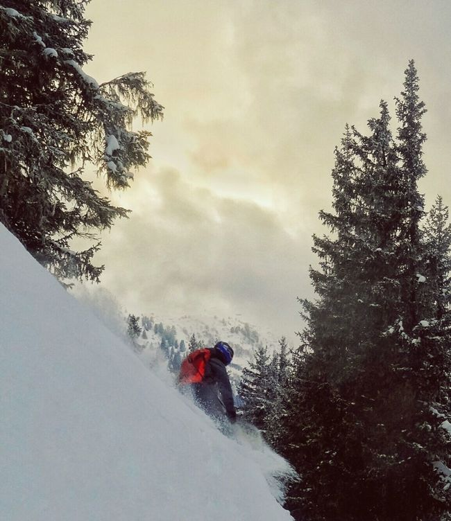 Skiing in Meribel Trois Vallees French Alps Mountain Mountain Life Share Your Adventure SKII Skiing People Snow Snow And Clouds Action Movement Atmosphere Photography In Motion Sport Things I Like