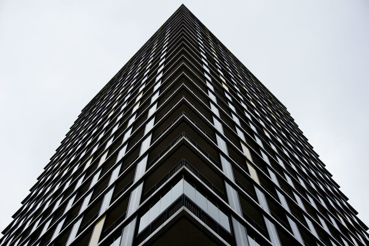 Architecture Façade Sony A6000 Fine Art Photography Building Building Exterior Geometry Symmetry Symmetrical Angles And Lines Urban Urban Geometry Exceptional Photographs My Unique Style EyeEm Best Shots Perspective Look Up And Thrive From My Point Of View EyeEm Best Edits Architecture_collection White White Background Monochrome