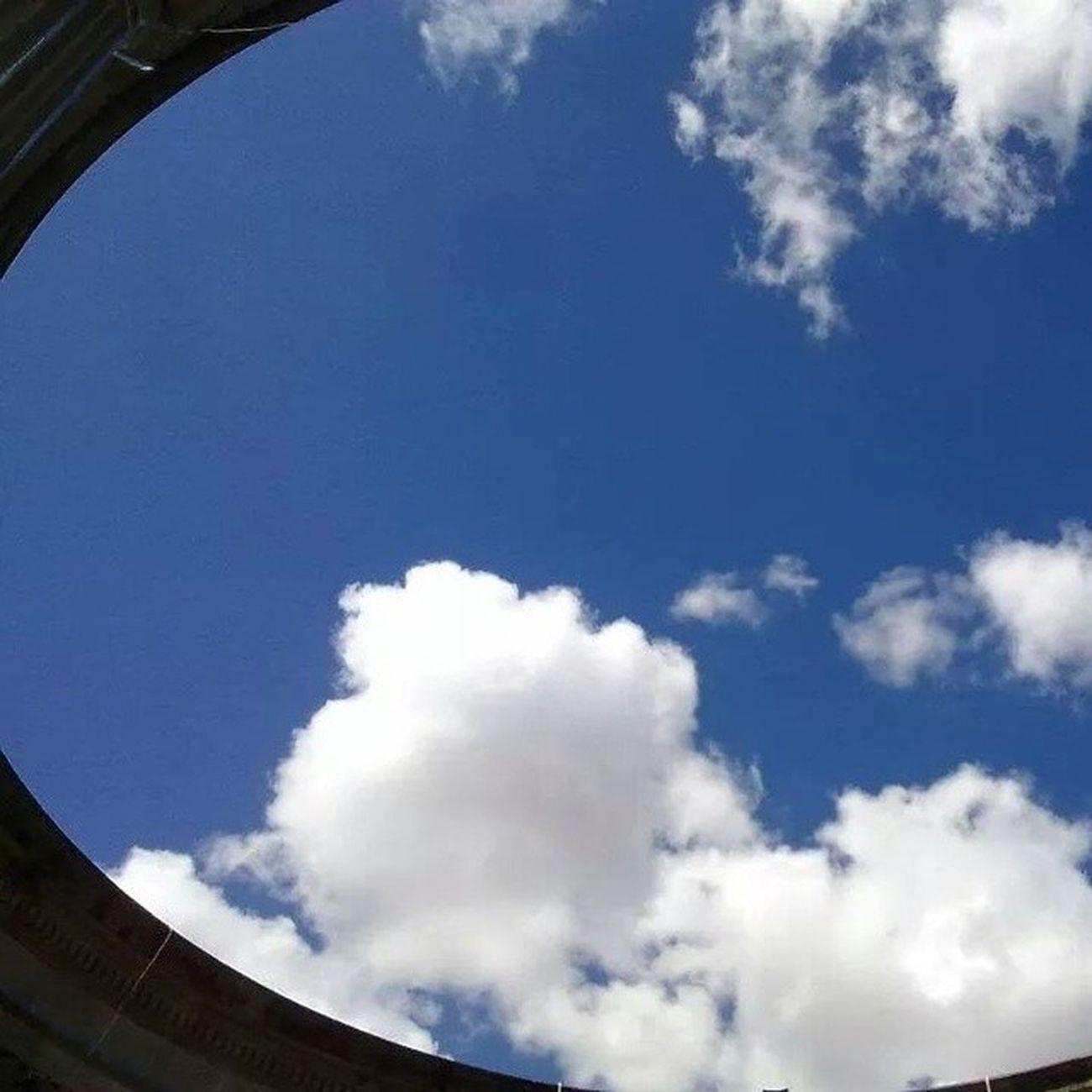 Pozo de cielo / Sky well Quetzaltenango Xela Guatemala Cielo Nubes Sinfiltro Guate Viajes  2011 Recuerdos Pozo  Sky Clouds Nofilter Travel Memories Well  Travel TheRealGuatemala PerhapsYouNeedALittleGuatemala Vscocam VSCO Igers Guategram