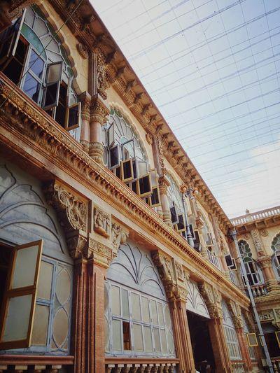 Mysorepalace  Architechture IndianArchitechture MoghulArchitechture Palace Grand Texture Building Souvenir Heritageofindia HuesOfArchitechture NoEditNoFilter Mobilephotography