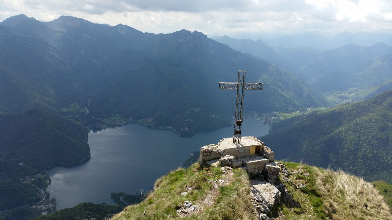 Mountains Sky And Mountains Bergsee Ledrosee Landschaft Cross Natural Beauty