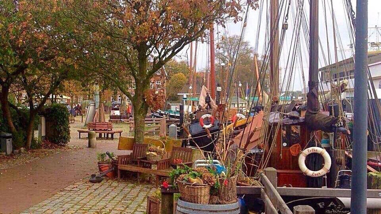 Leer (Ostfriesland) Germany🇩🇪 Alter Hafen Museumhafen Schiffe Segelschiff Ships Sailing Ship Herbst Autumn