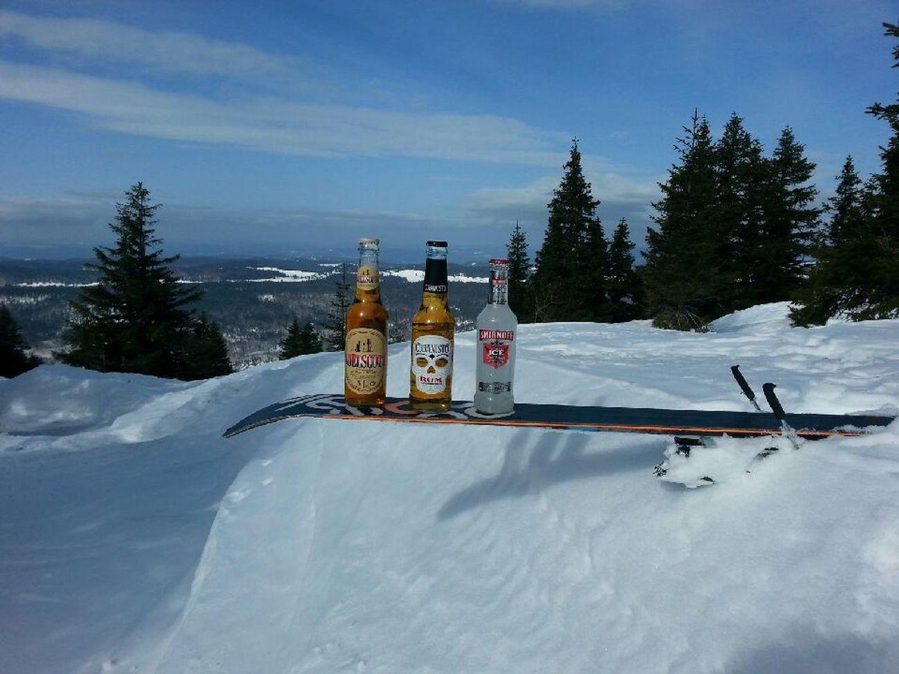 Ski Aperitif Alcool  Détente Neige