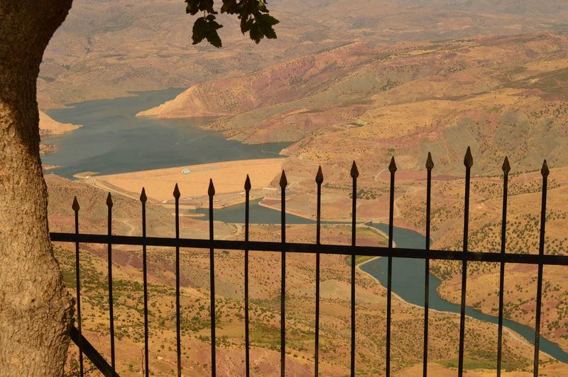 Manzara Siirt Baraj Parmakliklarardinda Pastel Power