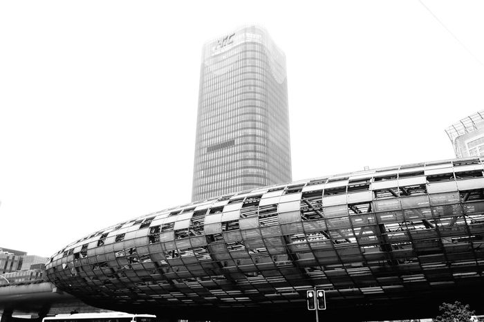 Architecture Starship Modern Skyscraper City Metalwork Streetphotography Eyeemphotography Taking Photos Smog In The Sky From My Point Of View Blackandwhitephotography