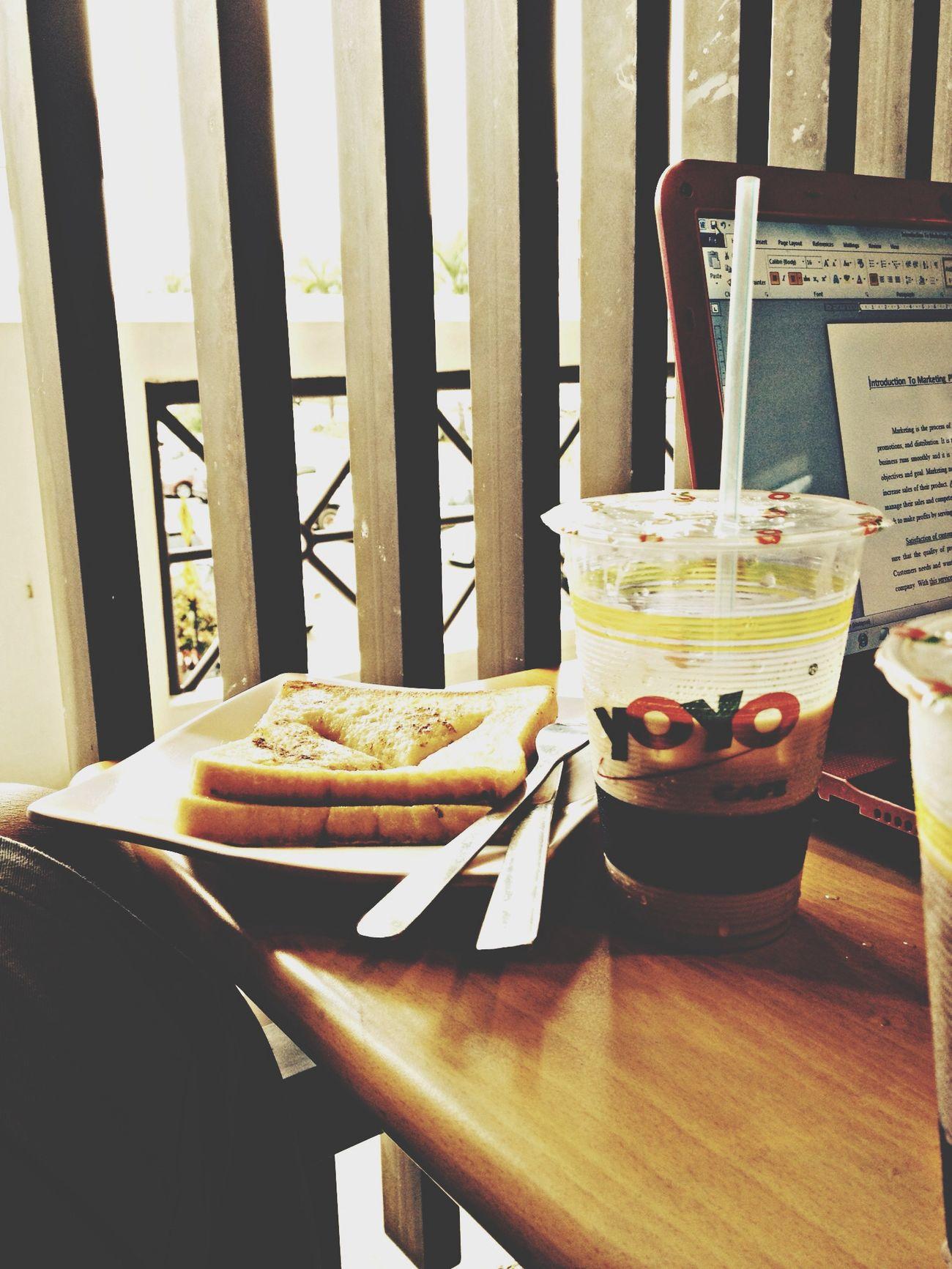 France Toast & Milky Tea Teatime