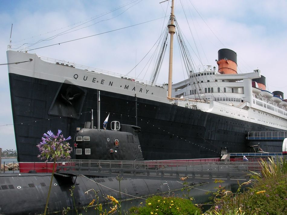 Architecture Boats Bridge - Man Made Structure Building Exterior Built Structure California City Connection Cruise Cruise Ship Day Gigantic Long Beach Nature Nautical Vessel No People Outdoors Queen Mary Queen Mary 2 Ship Ships Sky Transportation United States USA