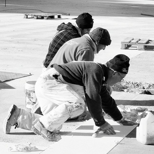 Monochrome Photography Men At Work  Square Concrete Real People The Essence Of Real People Captured Moment Capture The Moment Street Photo Street Photography Streetphotographer Street Scenes Streetphoto People Around You
