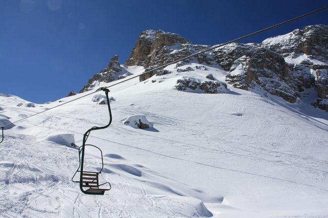Chairlift Cinquetorri Mountains Snow Solitude