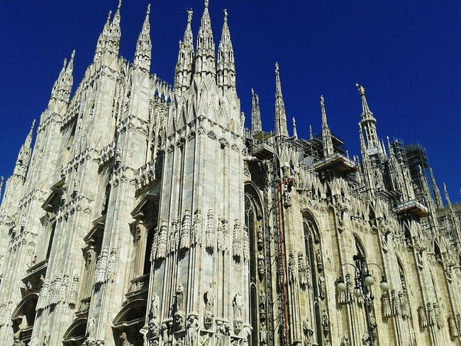Duomo Milano Italy Cathedral Milan Cathedral Milanocity Bluesky Nofilter Summer Monument Cityscape Citycentre Spires Steeple Nopeople Priceless Beautyful  Instagood