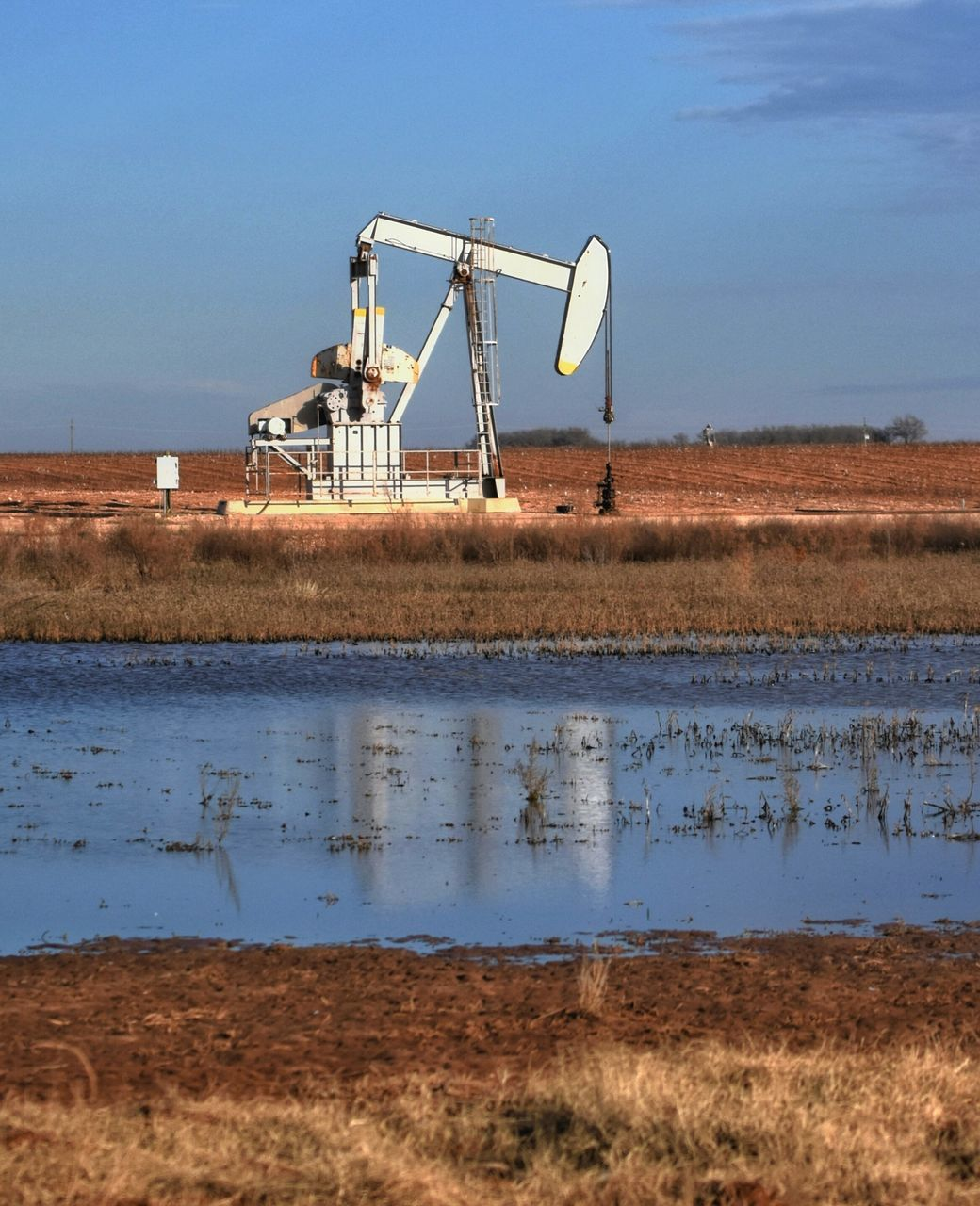 day, outdoors, industry, oil well, no people, water, technology, sky, nature, drilling rig, oil pump