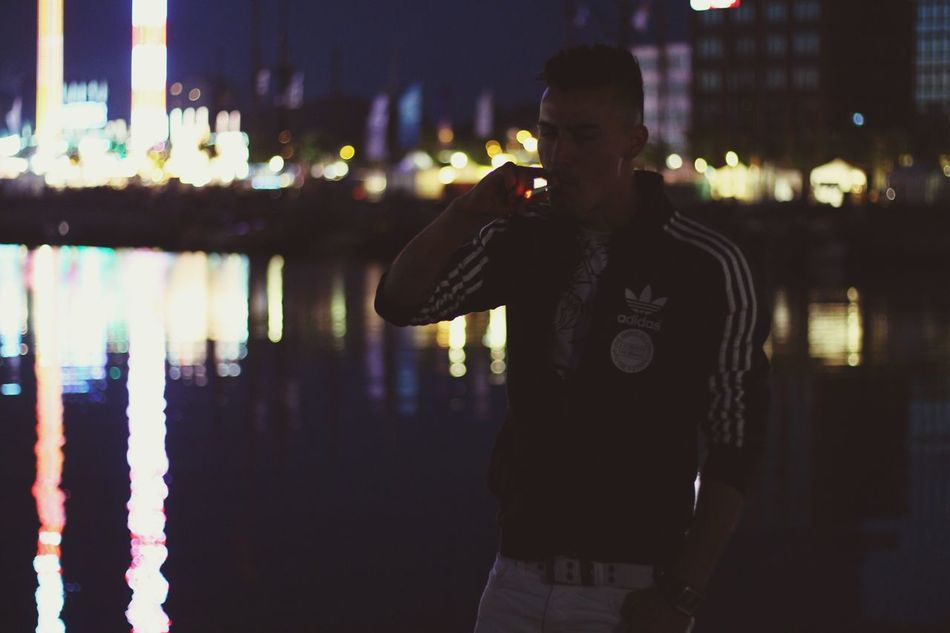 Feel The Journey Black And White Kieler Förde Germany Kielerwoche Menschen Leute People Sigaret Sigarette Sigar Mensfashion Menschen Kiel Deutschland My Best Photo 2016 Game Zentrum My Best Photo 2014 Playing Freitag Party (null)Boat