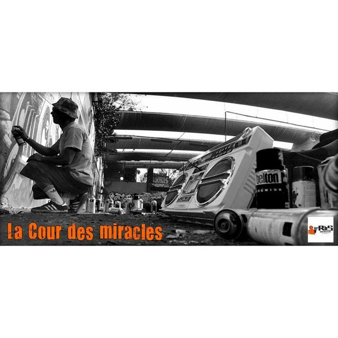 Exposition Strasbourg Lacourdesmiracles Le 25 juin 2015 à 19h30, bar le Korrigan. Vernissage, expo & performance autour de l'art urbain. 🎵 Dj Tkilla / Q / Ricardello 🎨 Collectif ABC 📷 3 photographes Mapremiereexpo