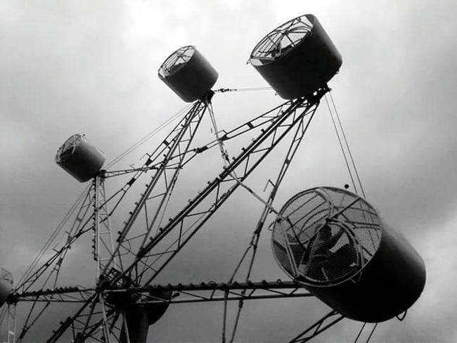 Ferris Wheel Ferriswheel Ferris Wheels Ferris Wheel Carnival Rides Carnival Fun Carnival Ride Kansasoutdoors Kansasphotographer Kansas First Eyeem Photo EyeEmNewHere No People Smalltown Smalltownlife Outdoors