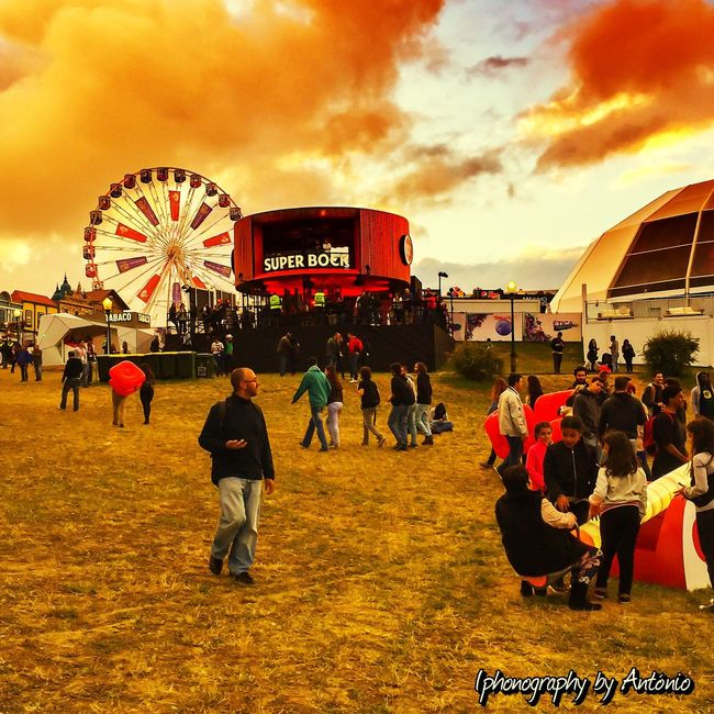 Rock Festival's Big Wheel Check This Out