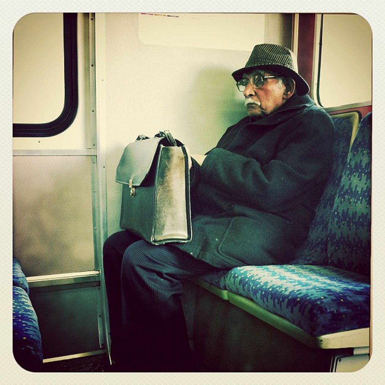 #iphoneography #iphone #instagram #strangers #publictransportpeople #train IPhone IPhoneography Train Strangers Instagram Publictransportpeople