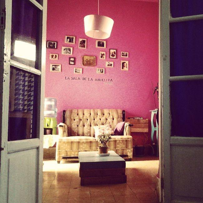 Ya en la sala de la abuelita :3 (Abuelita living room )<3 Mi Viaje Hostal CasaSanGallito Querétaro Mexico