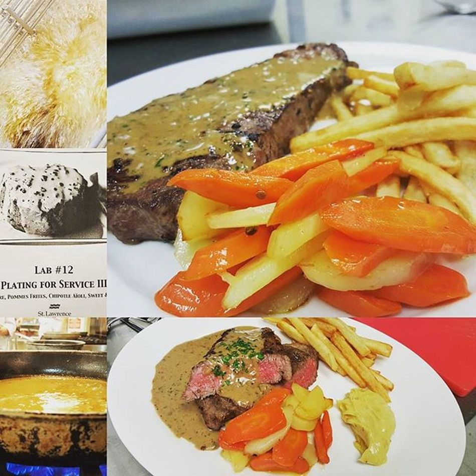♡Steak and cream sauce with on side fries and carrots♡ Steak Creamsause Wine Carrots Calinary Mediam rare Cooking Withmychefpantson Homemade Parsly Plate Yummy