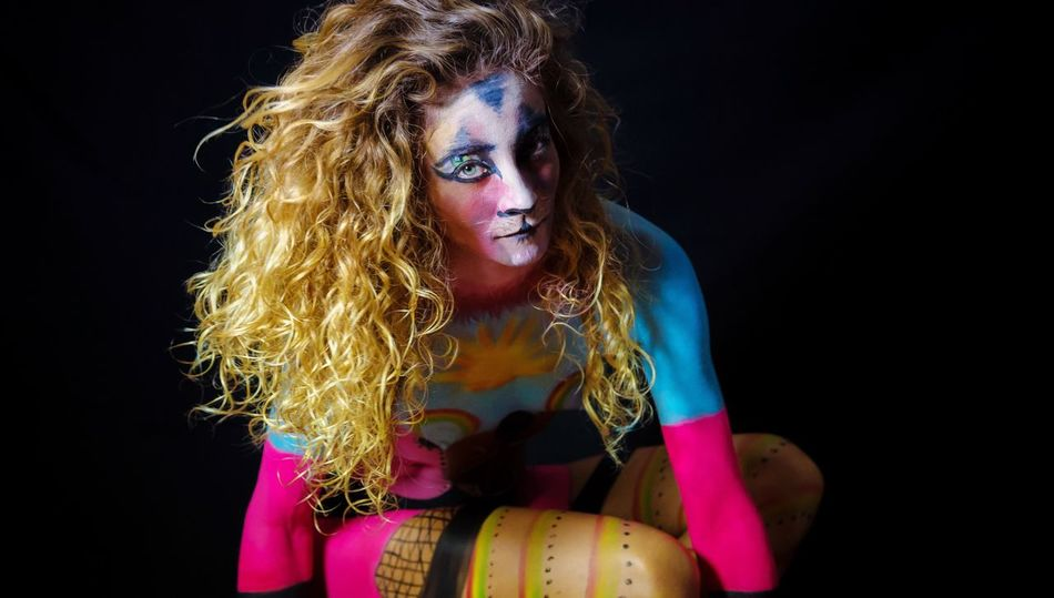 Hello World Roberto BLANCO DOP Studio Shot Light And Shadow Spotlight Director Of Photography ArtWork Fine Art Photography Colors Colorful Color Portrait Artistic Portrait Of A Friend Painting Bodypainting Bodyart WeWorking Beautiful Tenerife Island Canary Islands Colour Of Life