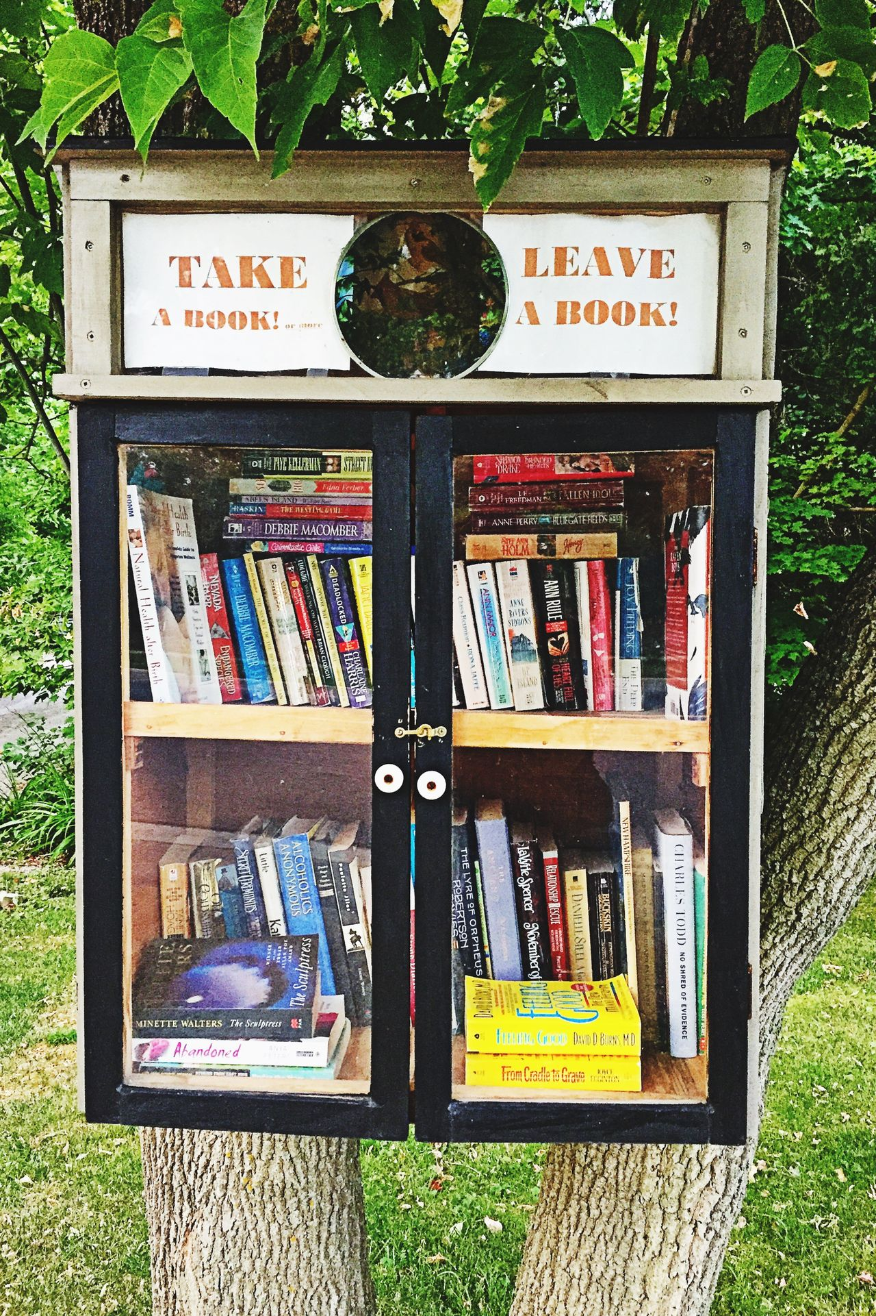 Take A Book Leave A Book Honor Honour Borrowed Books Lend Book Booklover Outdoors Objects Reading Bookcase Outdoor Photography Cool Books ♥ Reading A Book Small Town Things I Like On The Way Kindness Country Life Living Enjoying Life Enjoying The Moment Enjoying Life ♥ ExpressYourself