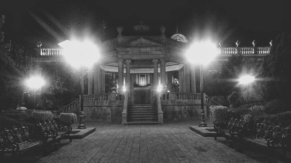Place Square Center City Centercity Kiosco  Ciudades Centrohistorico Centro Historico Light And Shadow Light Luces Y Sombras