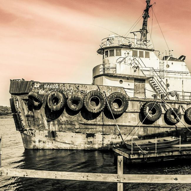 Coos Bay Jewell Photography North Bend Outdoor Photography Bayarea DSLR Photography Photography The Essence Of Summer Forgotten Things Photooftheday Ships Oregon Coast
