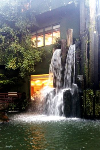 Water Spraying Long Exposure Waterfall Waterfront Outdoors Tree Nature Day Sky Power In Nature Architecture Light And Shadow Bright Restaurant Wonderful Sound Natural Natural Beauty - 南蓮園池 Hong Kong
