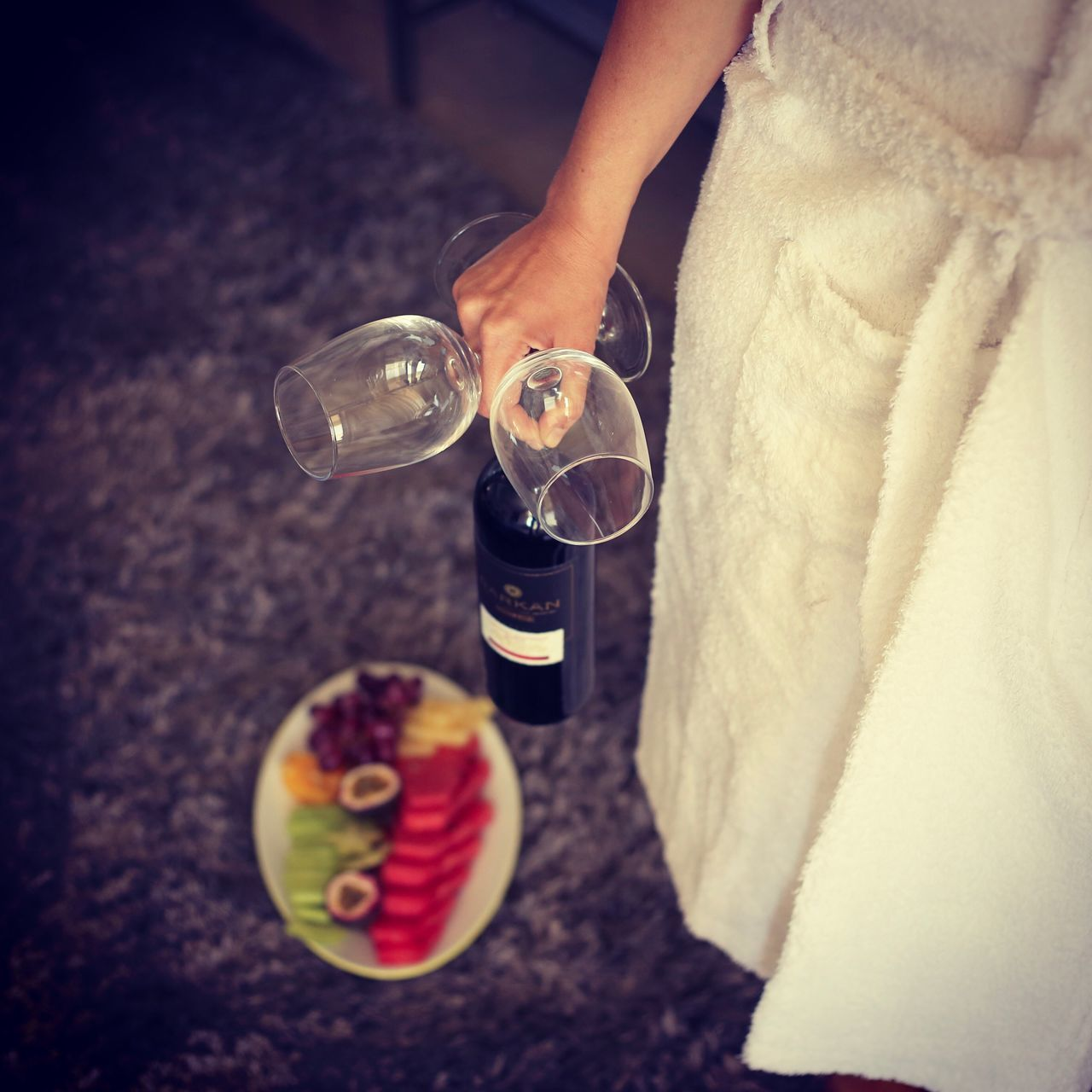 Drink Food And Drink Drinking Glass Freshness Human Hand Alcohol Human Body Part Fruit Real People Drinking Close-up Hotel Hotel Room EyeEmBestPics EyeEm Best Shots Hotel View Hotels And Resorts