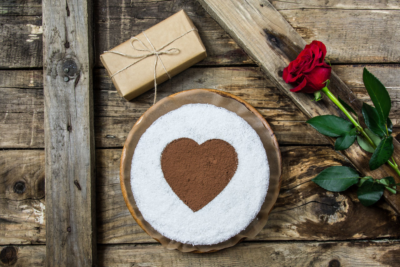 Beautiful stock photos of valentinstag,  Affectionate,  Cake,  Chocolate Cake,  Close-Up
