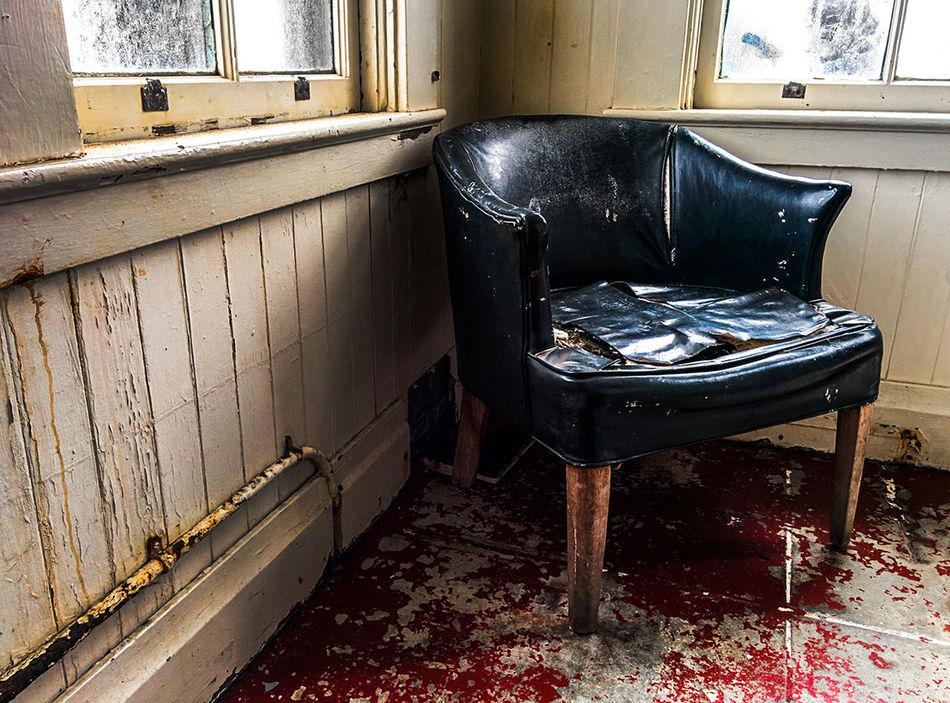 Beautiful stock photos of old, Armchair, Close-Up, Damaged, Indoors
