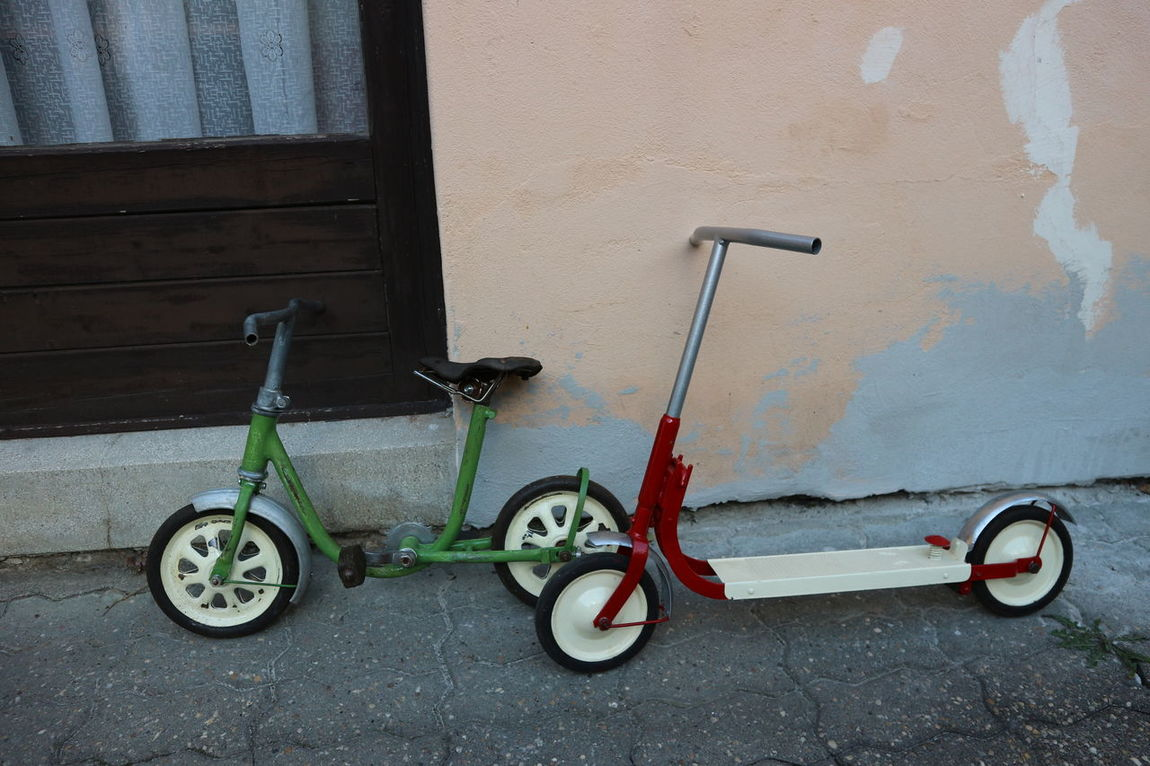 Retro Bikes Hungarian Canon M10 For Kids Colour Of Life Red White And Green Two Is Better Than One