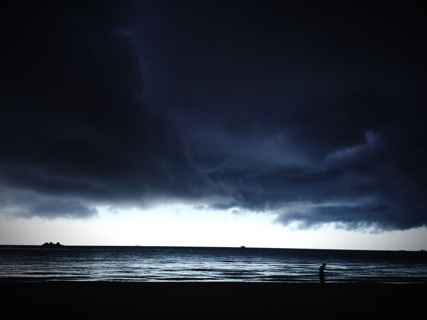 Storm above aint stopping me! Holiday Storm Grey Clouds Cant Stop Me Beach Walking Alone...