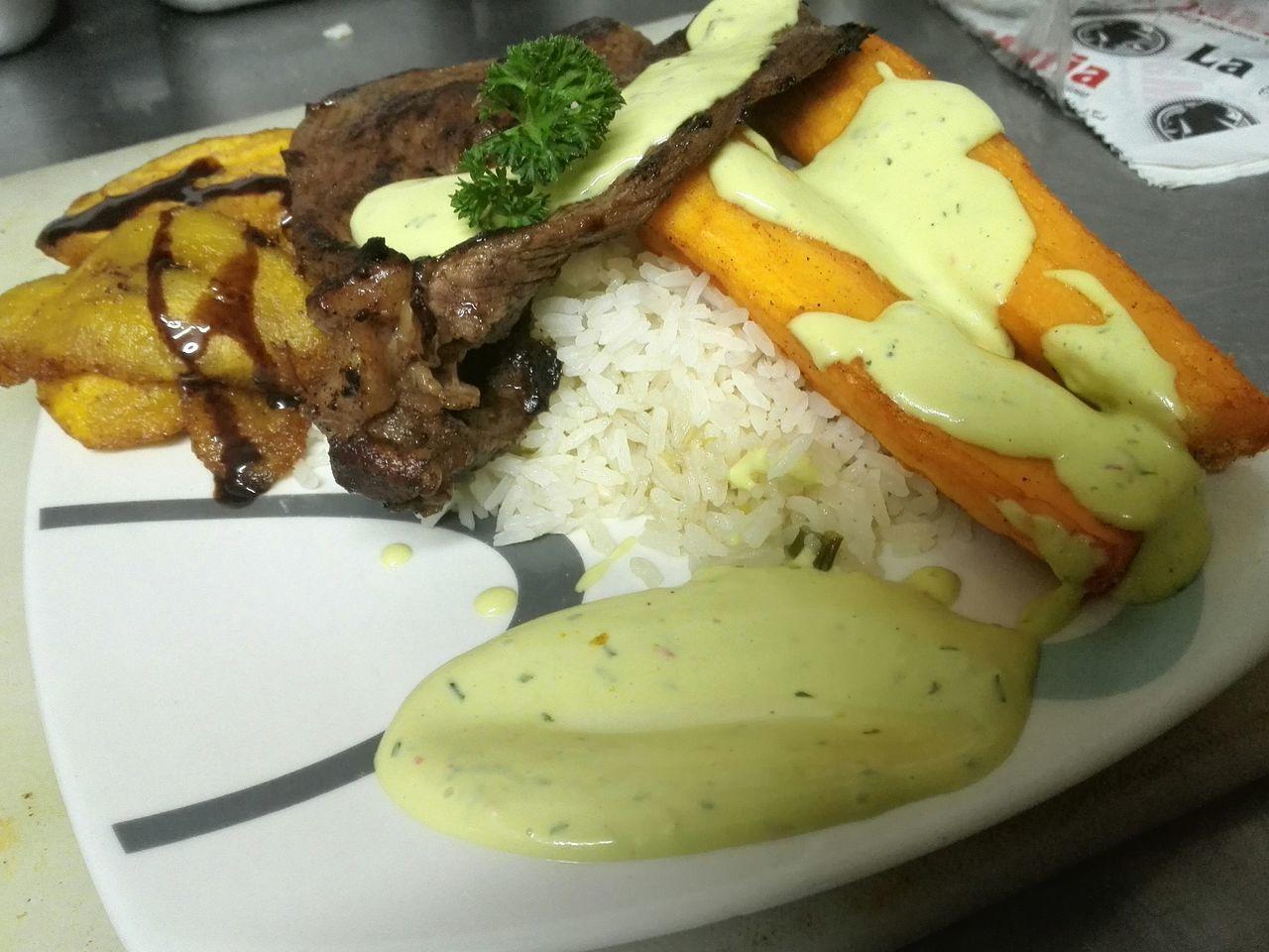 Almuerzo Food Ready-to-eat Meal Almuerzo Comidas Comida Colombiana First Eyeem Photo