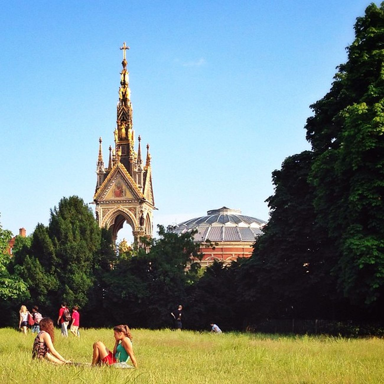 Relax in the #park ☀️?????☀️ You can see tower of #Albert memorial and also roof of Royal Albert Hall #alan_in_london #gf_uk #gang_family #igers_london #insta_london #london_only #thisislondon #ic_cities #ic_cities_london #ig_england #love_london #gi_uk Gi_uk Igers_london Ig_england Love_london Ic_cities_london Park Ig_london Albert Aauk Gang_family Londonpop Yourturnbritain Allshots_ London_only Ic_cities Gf_uk Alan_in_london Insta_london Thisislondon