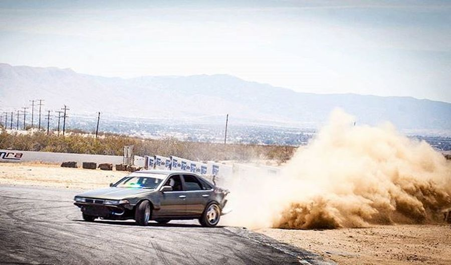 Catching a lil dirt at the end of the apex. Grange Drifting Sliding Dirt Angle Tires Tireslayer Goracing Topdrift Nissan Toyota Ford Chevy Datsun Canon Fitness Gopro Gold Like Tag Follow